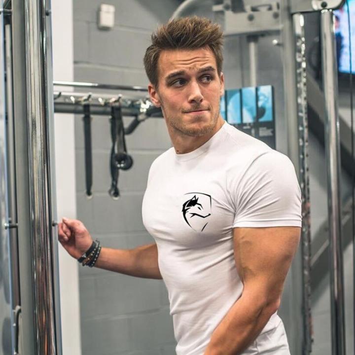 【居家健身】女生最愛男人的健壯臂肌!只要5招在家就能「操出爆炸二頭肌」!