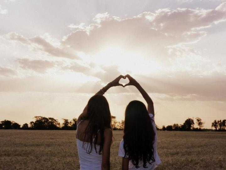 能當閨蜜的伴娘是多幸福的一件事!象徵閨蜜友誼的5件事情~全部達成就一輩子分不開啦!!