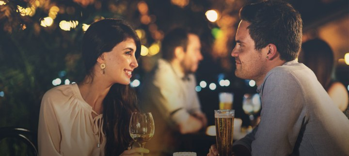 在短時間內留下好印象!10個小技巧,讓你在交友聯誼活動大受歡迎!